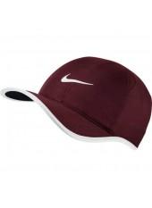Бейсболка Nike Feather Light