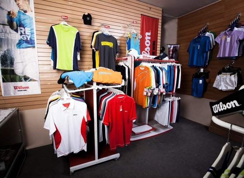 Магазин Мс-Спорт на метро Университет. Большой выбор спортивной одежды,  женская, мужская и детская теннисная экипировка. Магазин Мс- 1f613b3b41c