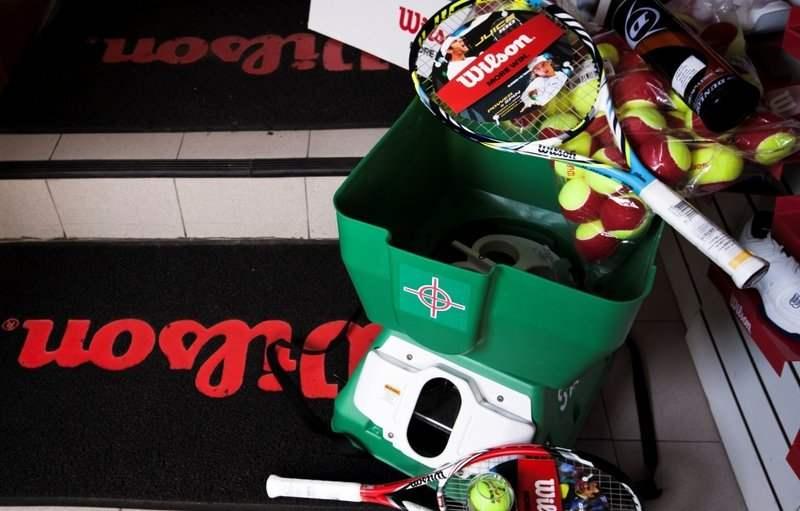 Теннисные пушки, мячи и всякая всячина. Магазин Мс-Спорт на метро  Университет. Большой выбор ... 5267b4a6557
