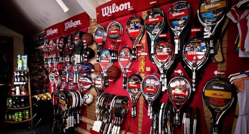 Магазин Мс-Спорт на метро Университет. Большой выбор ракеток, в том числе  распродажных по низким ценам. Магазин Мс-Спорт f0b06dcd98d